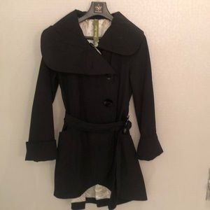 Soia & Kyo black trench coat size XS